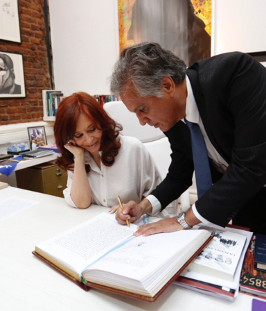 ¿Vuelve la Cadena Nacional? Alberto viaja a Israel y Cristina asume la presidencia por cuatro días