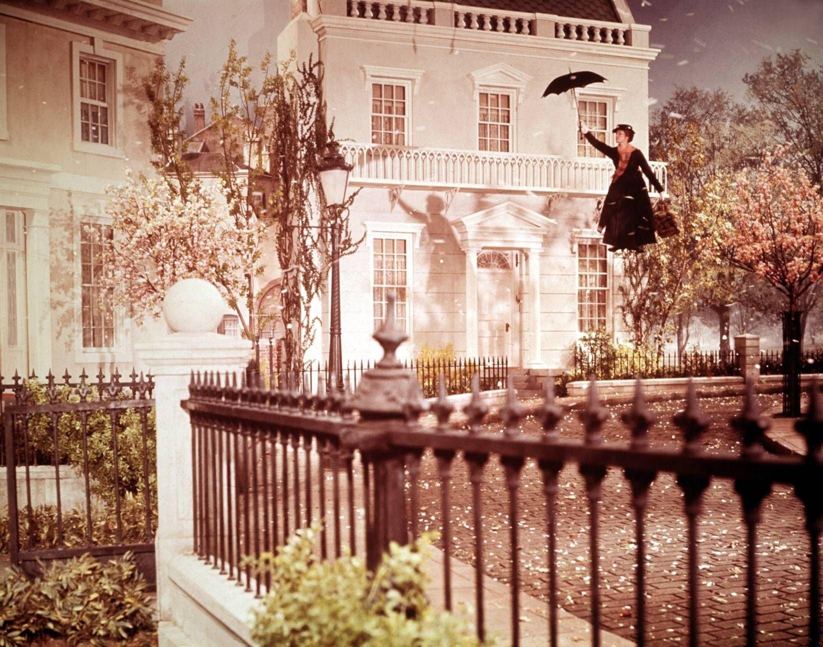 El día que Julie Andrews casi muere en el set de Mary Poppins