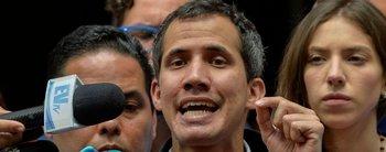 """Guaidó habló del bloqueo a la ayuda humanitaria y tildó a Maduro de """"casi genocida"""""""