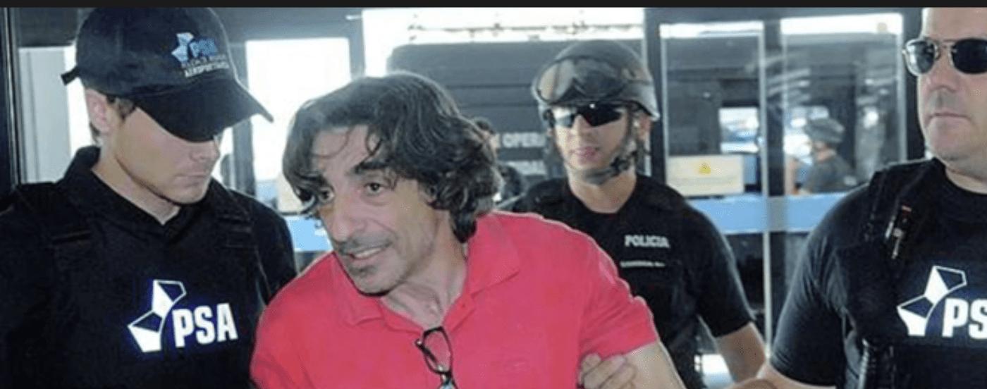 Ni las hijas lo visitan: cómo vive hoy Fructuoso Álvarez, autor de la Masacre de Flores