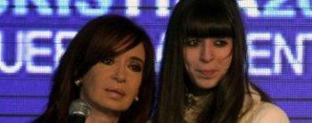 Cristina Kirchner volvió después de visitar a Florencia en Cuba y deberá pasar por Tribunales