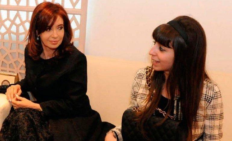 Cristina Kirchner viaja a Cuba a visitar a Florencia y vuelve a fin de mes