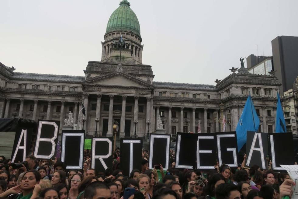 Peña confirmó que Macri anunciará el miércoles plan para