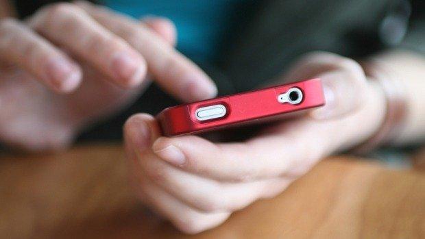 ¿Querés desconectarte en Semana Santa? 5 tips para que no te torturen por WhatsApp