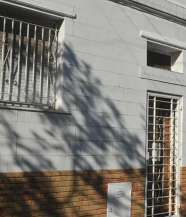 Asesinaron a un anciano en Boedo: investigan por qué lo quemaron y torturaron