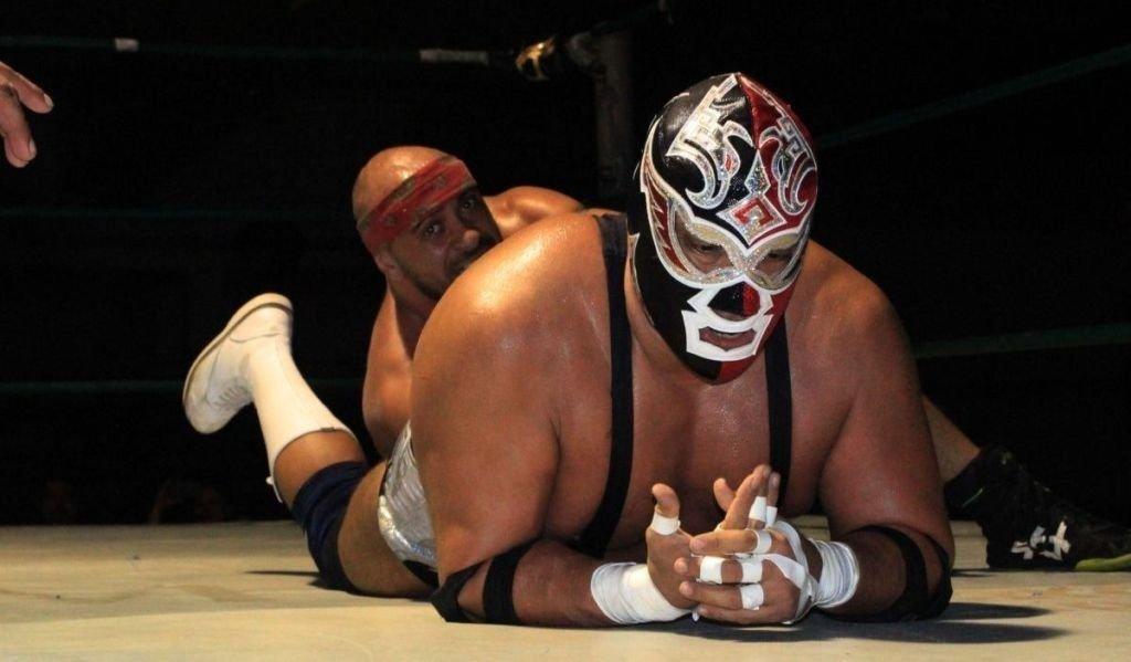 El escalofriante momento en el que el luchador mexicano Silver King murió sobre el ring