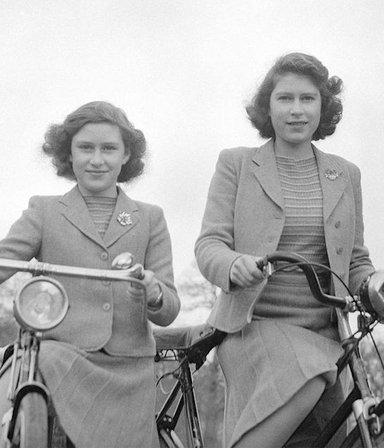 El día que la reina de Inglaterra celebró (de incógnito y en secreto) la rendición nazi