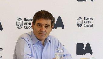 Fernán Quirós aseguró que los contagios en CABA empezaron a bajar