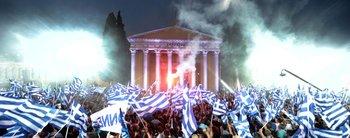 Las siete similitudes entre Grecia en llamas y la Argentina de 2001
