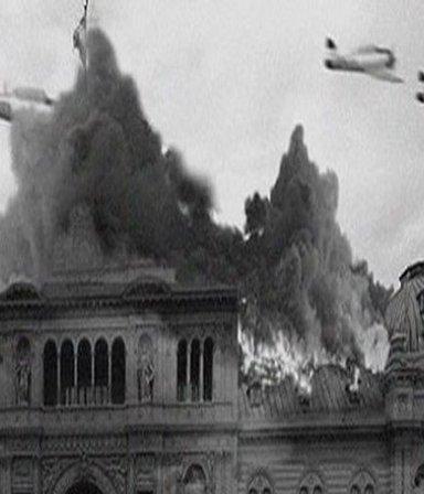 Bombardeo a Plaza de Mayo: el relato de los sobrevivientes que Macri borró del archivo oficial
