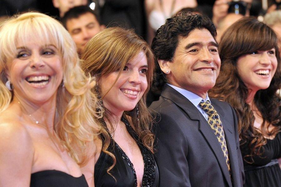 Otros tiempos: Claudia, Dalma, Diego y Gianinna.