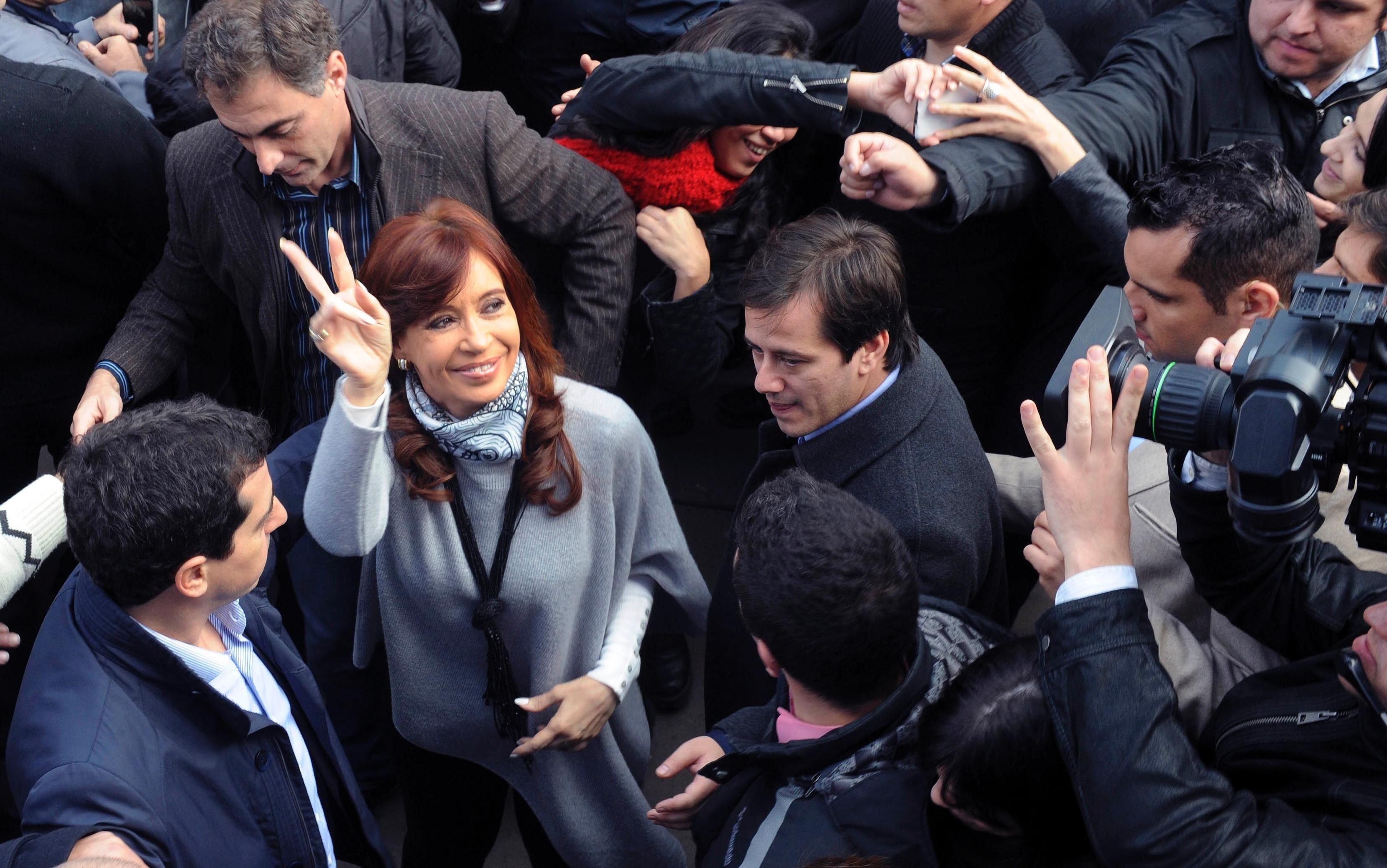 Efecto despedida: Cristina subió su imagen pero le reclaman cambios