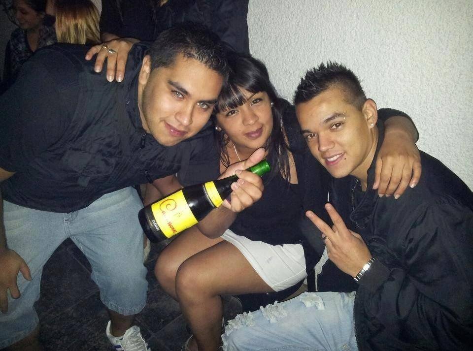 Con amigos en la noche
