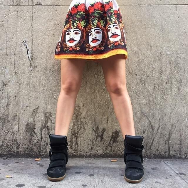 La falda es divina.