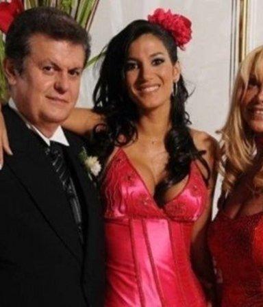 """Sigue el escándalo: las Escudero buscan """"amordazar"""" a la ex de su papá"""