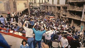 AMIA: así fueron los primeros minutos en la calle Pasteur después del atentado