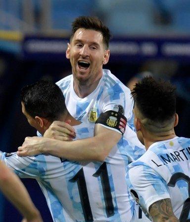 """Del """"PapuDance"""" y el festejo en el vestuario, al """"vamos por todo"""" de la Selección tras la victoria"""