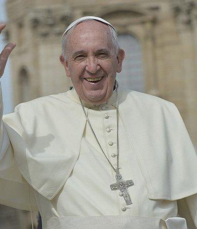 El Papa está bien de salud tras haber sido operado, aunque quedará una semana internado