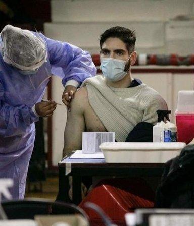 Vacunación en CABA: los mayores de 30 ya pueden inscribirse para recibir la primera dosis