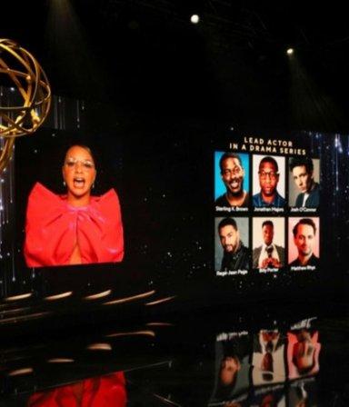¡Poné el pochoclo! @Gabytacine te cuenta todo sobre los Emmys y qué ver el finde