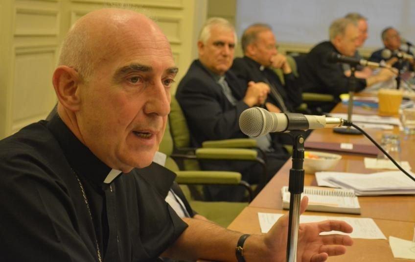 El secretario general del Episcopado, monseñor Malfa, anunció el protocolo.