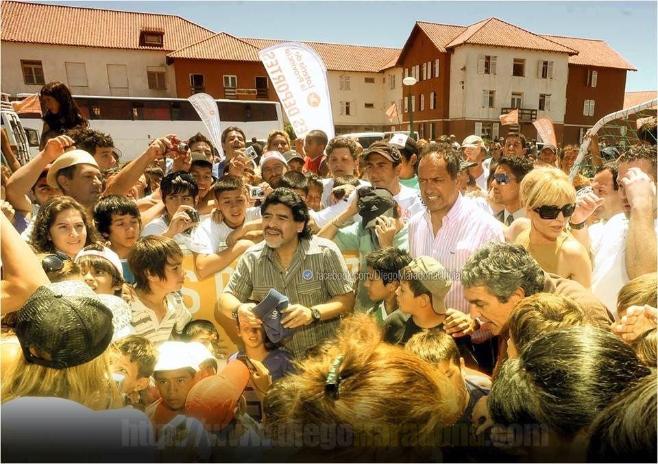 Maradona pidió que voten por Scioli