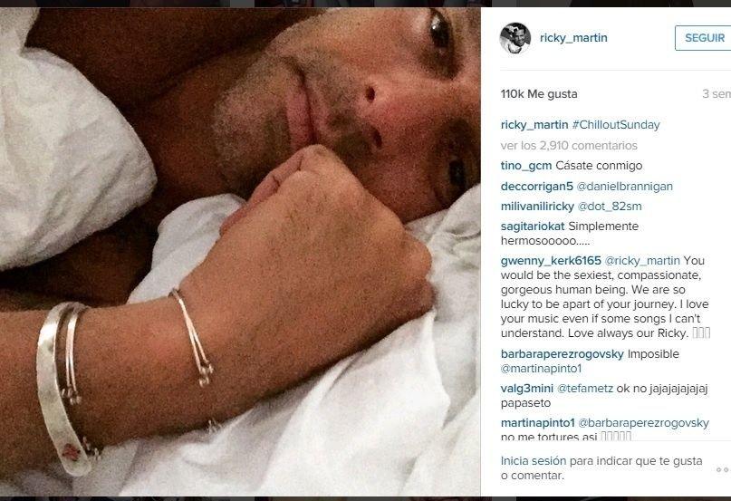 Ricky Martin y sus selfies en la cama.