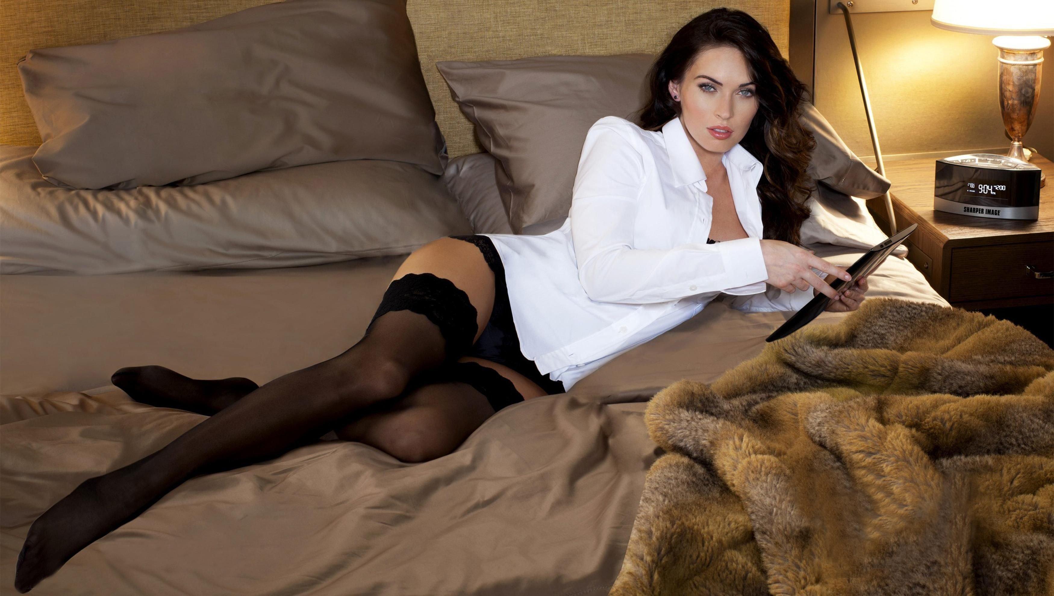 La escultural Megan Fox está separada de su marido, y sola