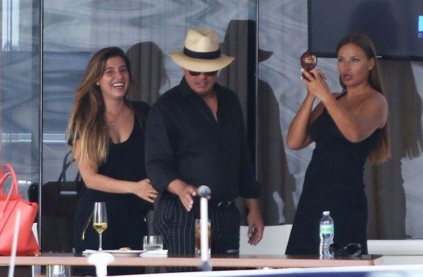 Una de las primeras fotos de Luis Miguel con su hija Michelle.