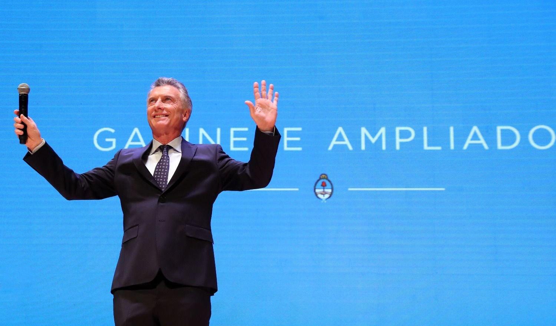 En medio de la crisis, Macri encabezó una reunión del gabinete nacional ampliado en el CCK