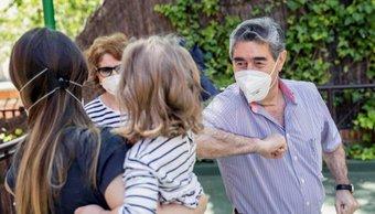 """""""Burbujas Familiares"""": cómo serán los futuros encuentros sociales hasta que salga la vacuna anti COVID-19"""