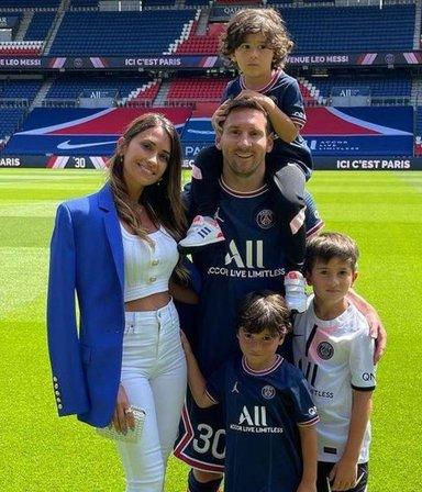 Qué es el Family Care, el sistema que ayudará a Messi a conseguir casa y colegio para sus hijos