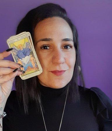 Arcanos y tips para elevar la energía: llega a BigBang Natalia Di Capua, ¡nuestra nueva tarotista!