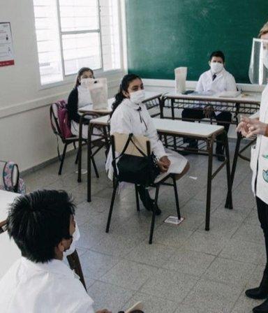 Punto por punto: cómo es el protocolo de presencialidad plena en las escuelas de la Provincia