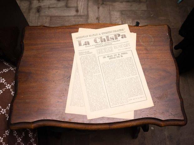 Primer número de La Chispa