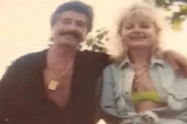 Yolanda junto a Luis Rey.