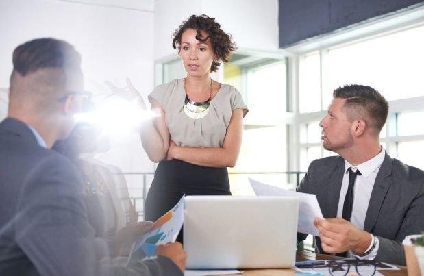 La mayoría de las mujeres reconoce que tuvo que trabajar más que un hombre para ser reconocida.