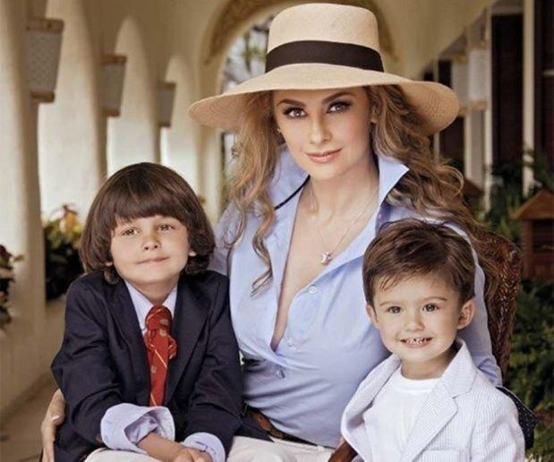 Aracely Arámbula junto a Miguel y Daniel, los hijos que tuvo con Luis Miguel.