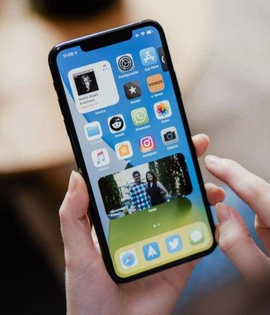 """¿Se viene el iPhone 12 """"mini""""? Apple se prepara para lanzar el teléfono más pequeño de su marca"""