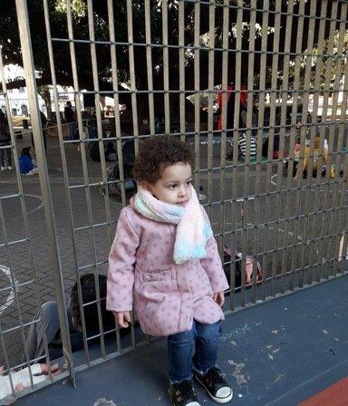 Desesperada búsqueda de una nena de 2 años: su madre padece trastornos psiquiátricos y la secuestró en Recoleta