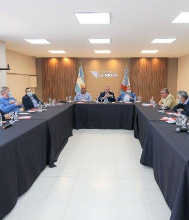 Formalizan los cambios en el gabinete y Kicillof suma nuevas figuras: las 7 noticias del día