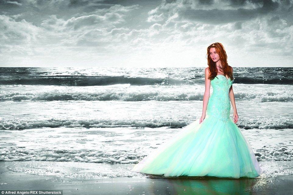 La Sirenia y una boda junto al mar.