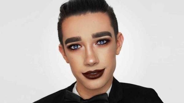 Conocé al primer hombre en ser la cara de CoverGirl