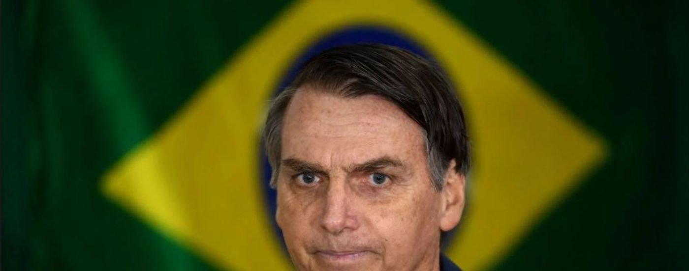 Bolsonaro arrasó con más del 46%, pero enfrentará al candidato de Lula en el ballottage