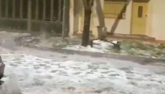 """Tremendo: el """"río de hielo"""" y la tormenta con granizo que azotó a Pergamino"""