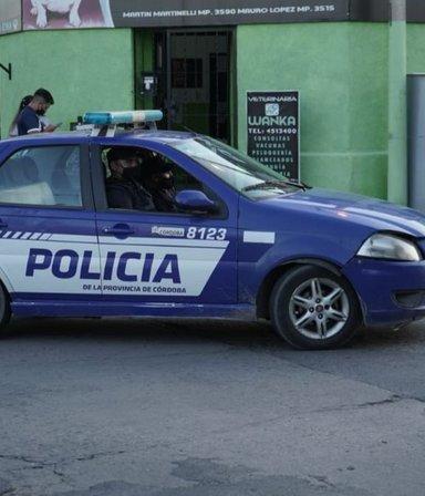 Femicidio en Córdoba: mató a tiros a su mujer y se suicidó frente a la tumba de su padre