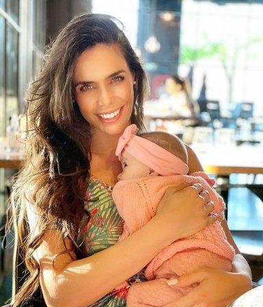 """Sabrina Ravelli y su primer Día de la Madre: """"Gracias a mi hija Ainhoa lo celebro con una alegría total"""""""