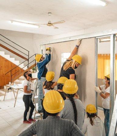 Manos a la obra: el proyecto que busca la equidad de las mujeres en el rubro de la construcción