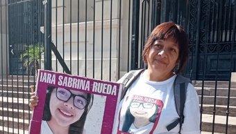 Iara Rueda: reclaman que no dejan pegar fotos de la joven asesinada en la Casa de Gobierno de Jujuy