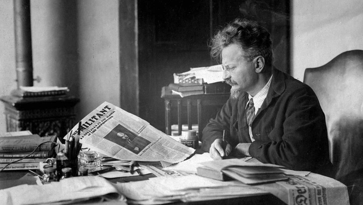 León Trotski, figura clave de la Revolución Rusa, del destierro por Stalin al affaire con Frida Kahlo